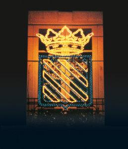 Fabrications sur mesure de logos ou armoiries installées en façade